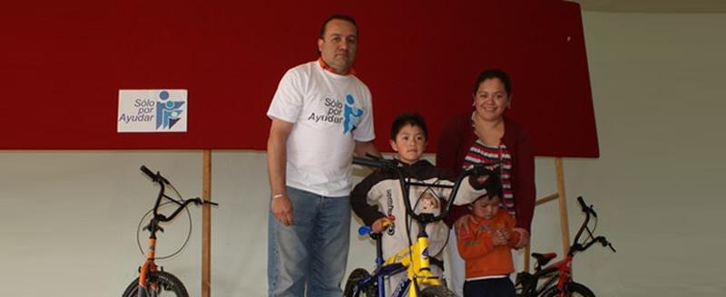 Entrega de bicicletas donadas por MSD, 2012.