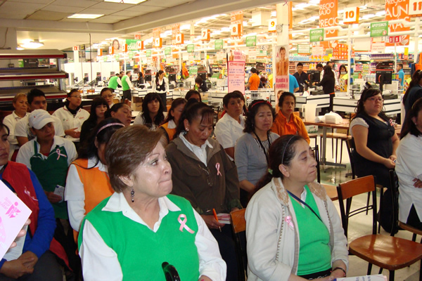 Talks on Early Detection of Breast Cancer Comercial Mexicana, October 2013.
