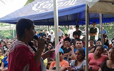 Plática sobre cáncer de mama y detección oportuna a 250 colaboradores de la planta de Atún Marina Azul en Tapachula, Chiapas.