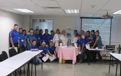 Pláticas sobre detección oportuna de cáncer de mama en diferentes tiendas de Comercial Mexicana en conjunto con Grupo Reto