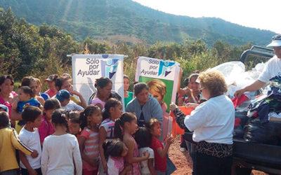 Entrega de ropa en comunidades de Michoacán, Noviembre 2015