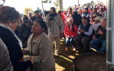 Entrega de apoyos de Invierno y Estufas Ecológicas en Almoloya de Juárez, Estado de México