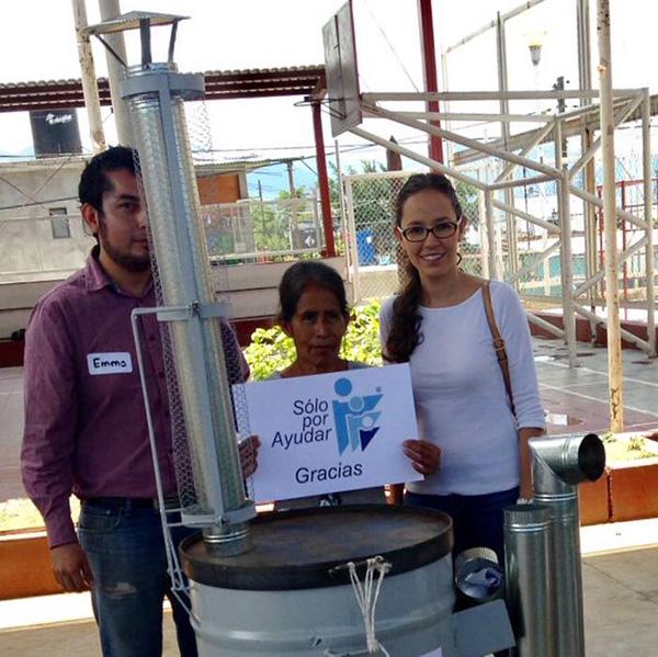 En alianza con el Instituto de la Mujer de Oaxaca, entregamos estufas ecológicas a la agencia Municipal de Dolores Oaxaca