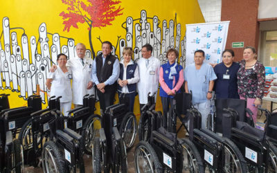 """Delivery of chairs, diapers and toys at the Hospital Infantil de Mexico """"Federico Gomez"""" 